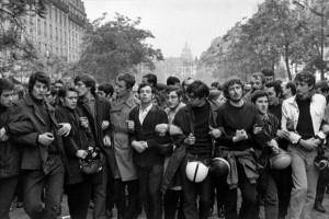 el-mayo-frances-del-68-manifestacion-600x401